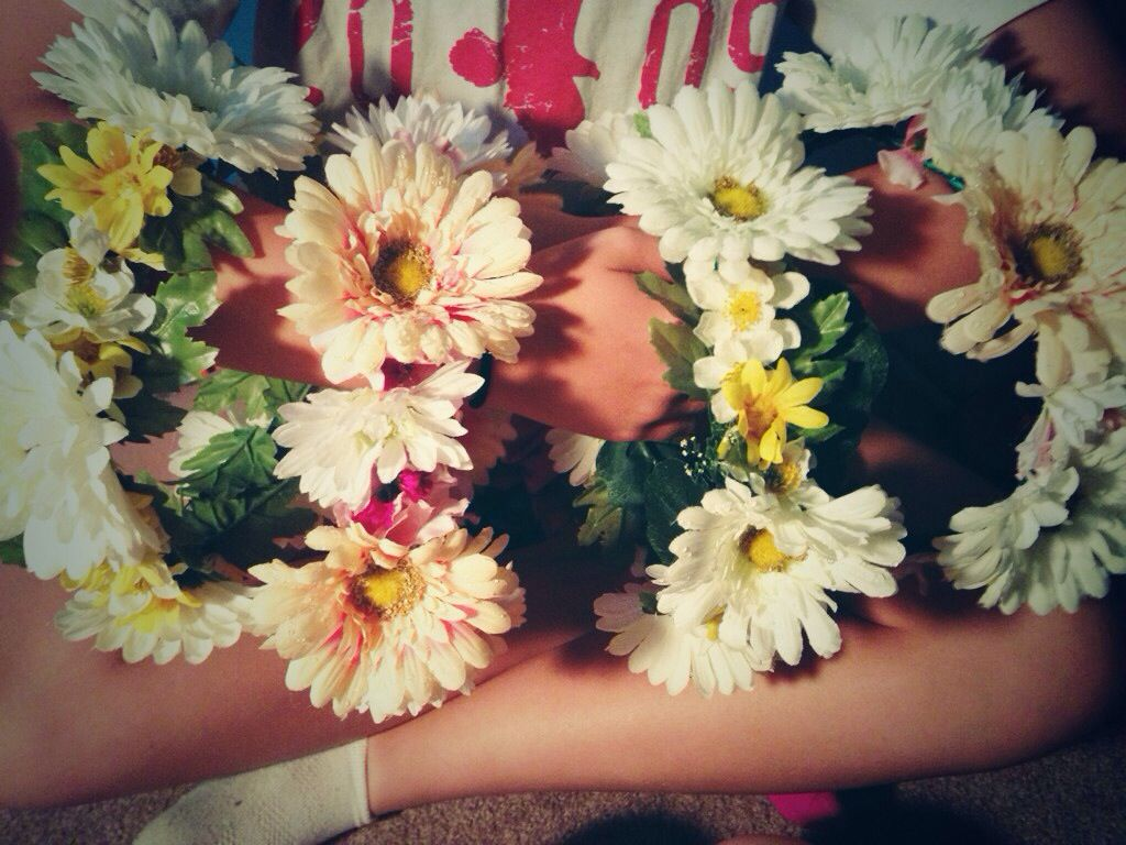 Diy flower crowns diy pinterest diy flower diy flower crowns izmirmasajfo