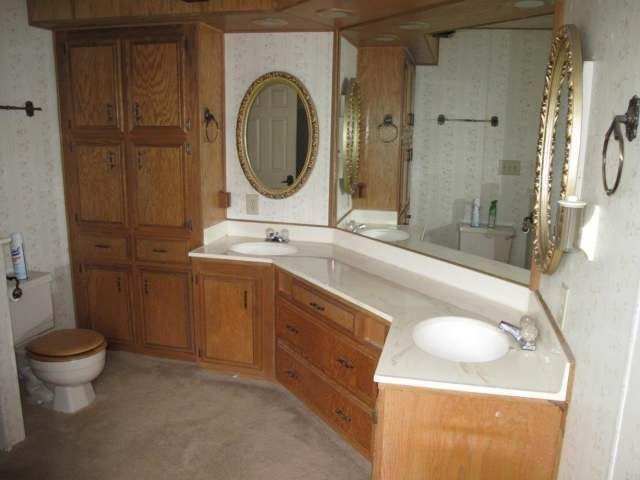 Manufactured Home Interior Design Masterpiece | Master bathrooms ...