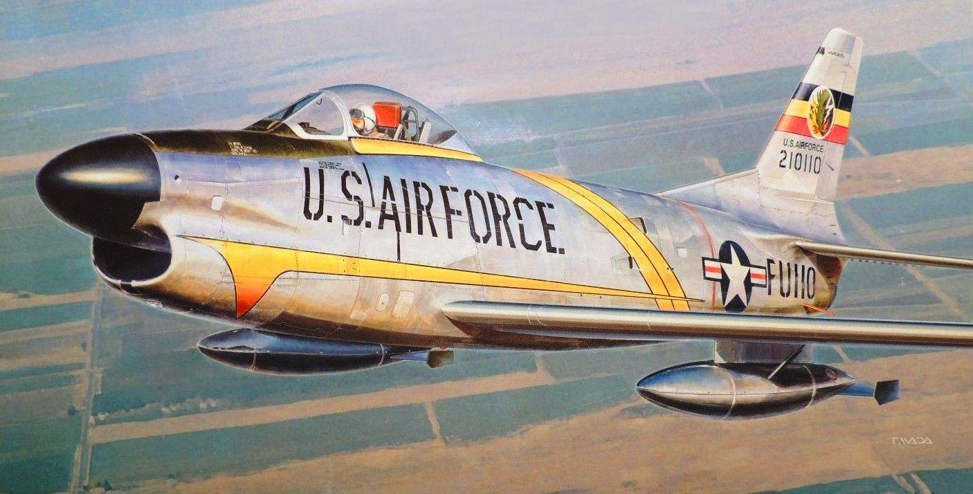 4e6ad6908d6480389b0eb43fdd519c16 - AERONAVES FAMOSAS: North American Aviation F-86D 'Sabre Dog'