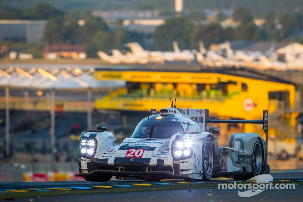 #20 Porsche Team Porsche 919 Hybrid: Timo Bernhard, Mark Webber, Brendon Hartley | Main gallery | Photos | Motorsport.com
