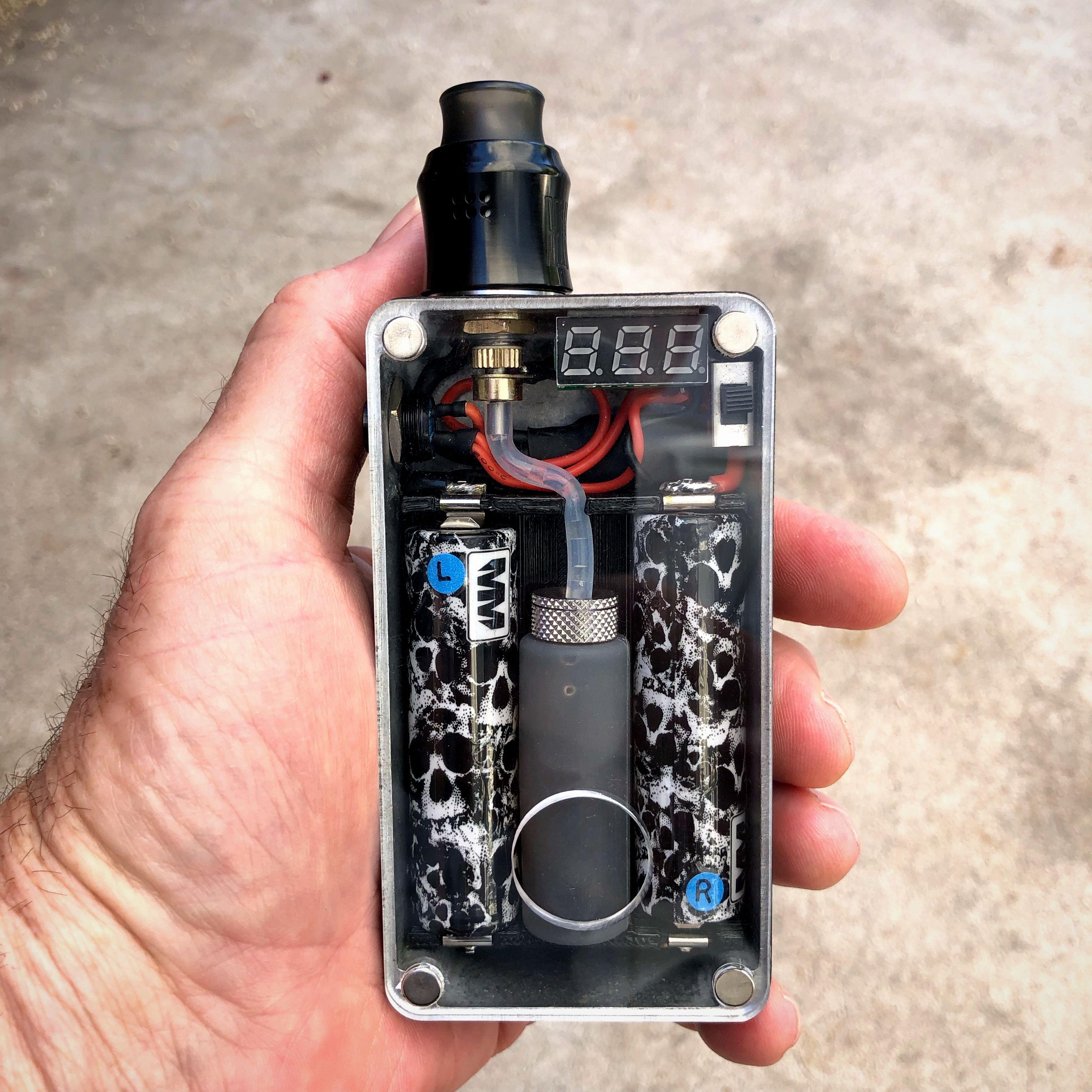 boxmods diyboxmod 1590B enclosure, Motley Mods battery