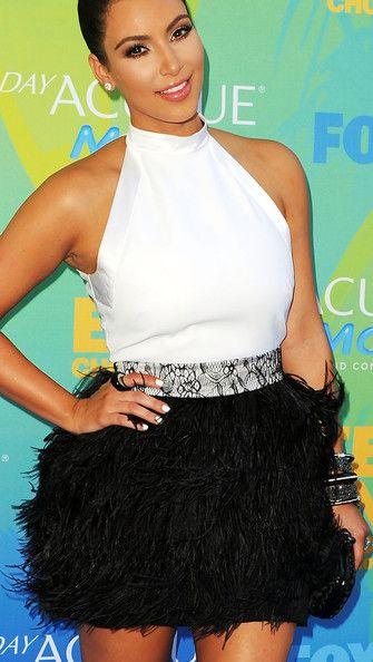 cc33e066de51e Kim Kardashian Halter Dress1 | Clothes | Prom dresses, Feather prom ...
