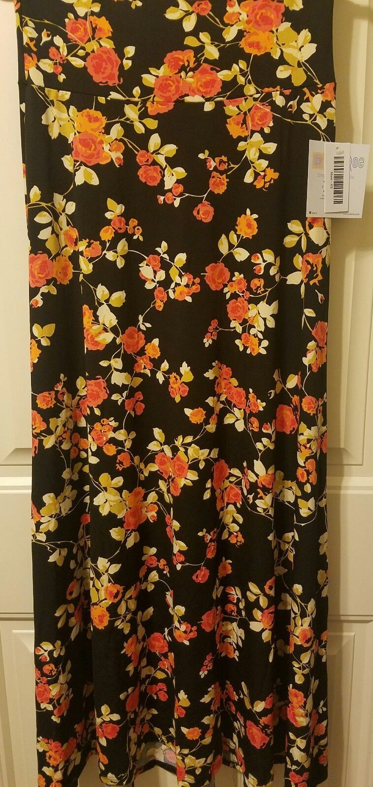 Lularoe Maxi Skirt Dress Xs Black W Orange Cream Yellow Flowers Floral Nwt Maxi Skirt Dress Lularoe Maxi Skirt Lularoe Maxi [ 1596 x 757 Pixel ]