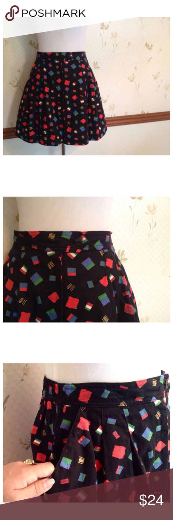 """Vintage Tennis Skirt / Mini Skirt w Pockets Tail This skirt is made by Tail so it's technically a tennis skirt but who cares! Mini skirt it is! And it has pockets!   Perfect condition  Cotton, Made in the USA   Waist- 26""""-28""""  Length- 15.5"""" Vintage Skirts Mini"""
