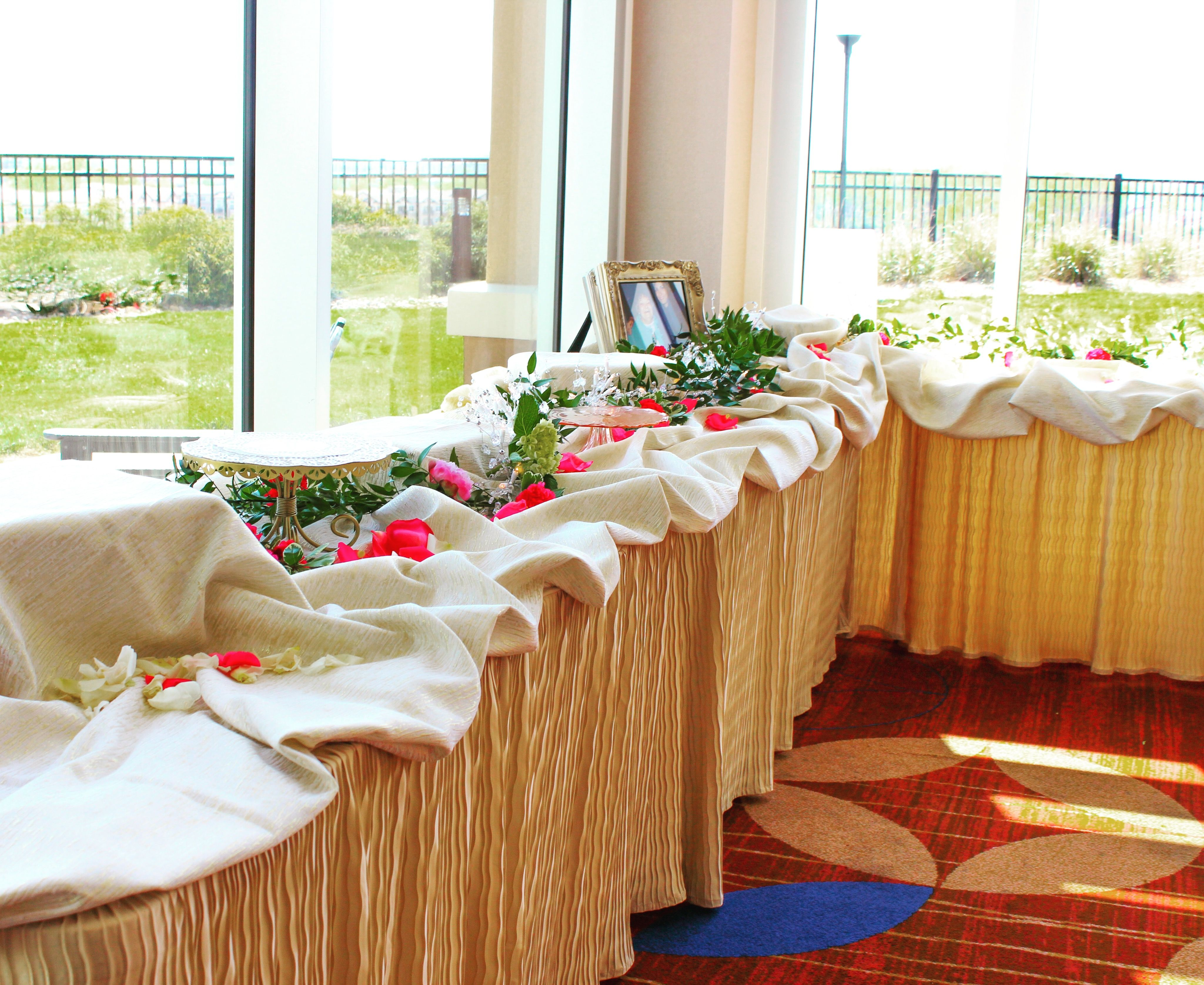 The Folding Table Cloth Home Table Table Cloth Buffet Set Up