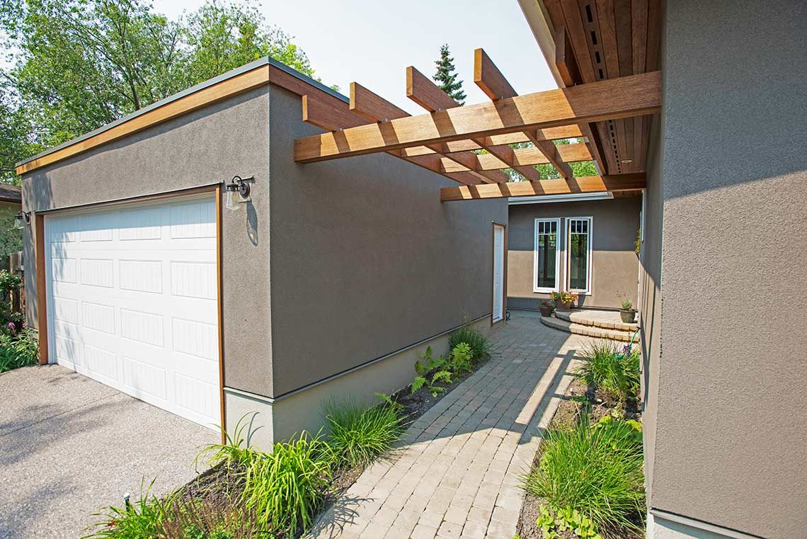 Garage stucco replacement Calgary. Tony William Roofing & Exteriors Inc. (403) 454-1366 3503 62 Ave SE Calgary, T2C 1P5 http://www.tonywilliam.com/siding-calgary/stucco-calgary