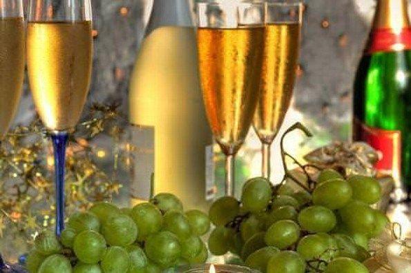 ¿Sabes de dónde viene la tradición de comer 12 uvas en Año Nuevo?