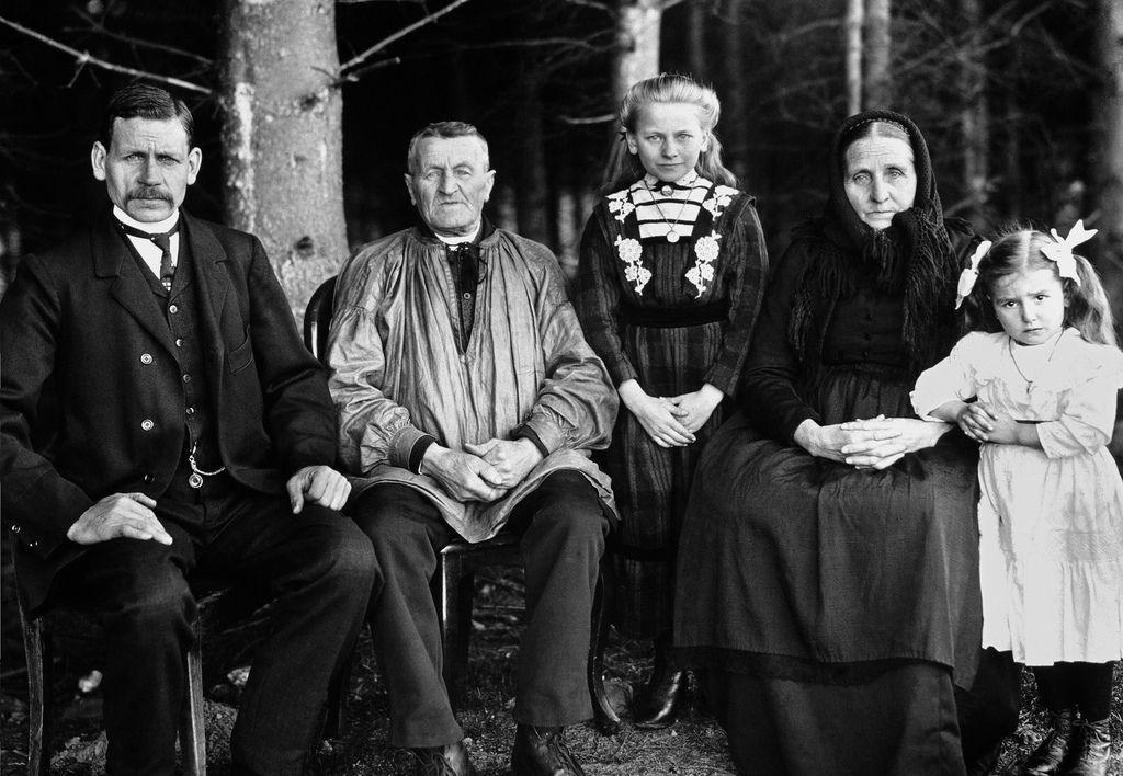 роль старых фото в семье страдающие депрессий
