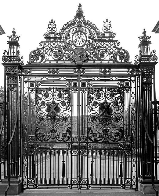 Holyrood Palace gates - Edinburgh, Scotland