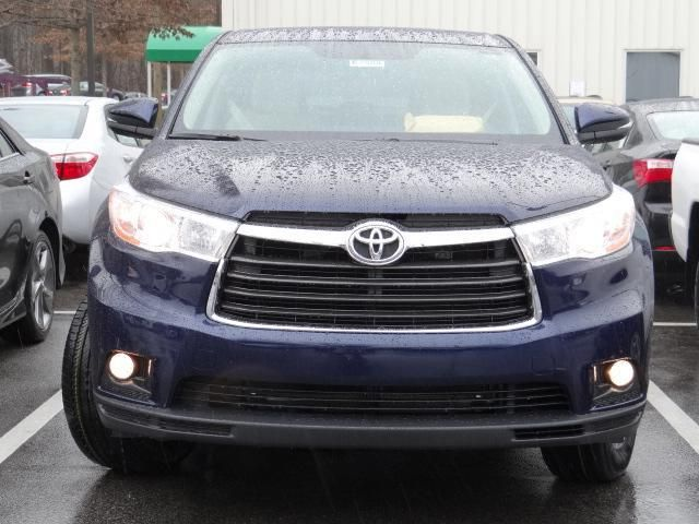 2014 Toyota Highlander Le Awd Le 4dr Suv Suv 4 Doors Blue For Sale In Raleigh Nc Source Http Www Usedcarsgroup Com New Cars Toyota Highlander Cars For Sale