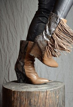 ▼ Vintage 90's Wild Fringe Party Boots