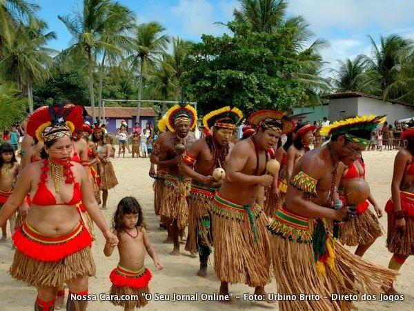 Começam os 10º Jogos Indígenas Pataxó em Coroa Vermelha, Brazil...the Indians Pataxó