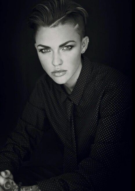 Pin By Josephine Ponsiglione On RUBY ROSE Pinterest Undercut - Undercut hairstyle ruby rose