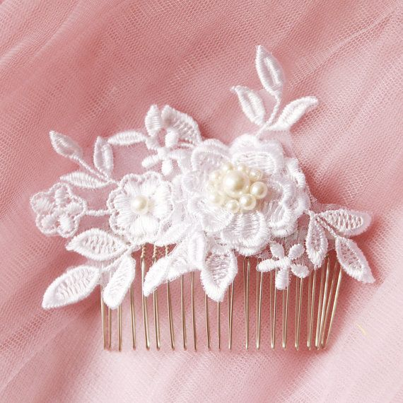 Wedding Hair Piece Fascinator - Vintage Bridal Hair Comb - Pearl Flower Hair Comb - Wedding Hair Accessories - Ivory Flower Lace Hair Clip