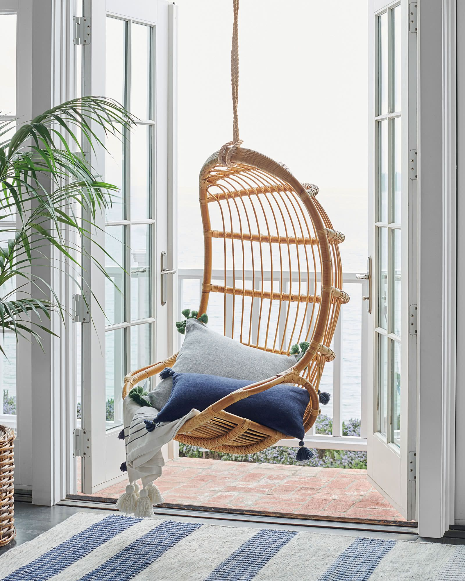 It S Swing Time With Indoor Hammocks Inspiring Configurations With Images Indoor Hammock Hanging Hammock Chair Decor