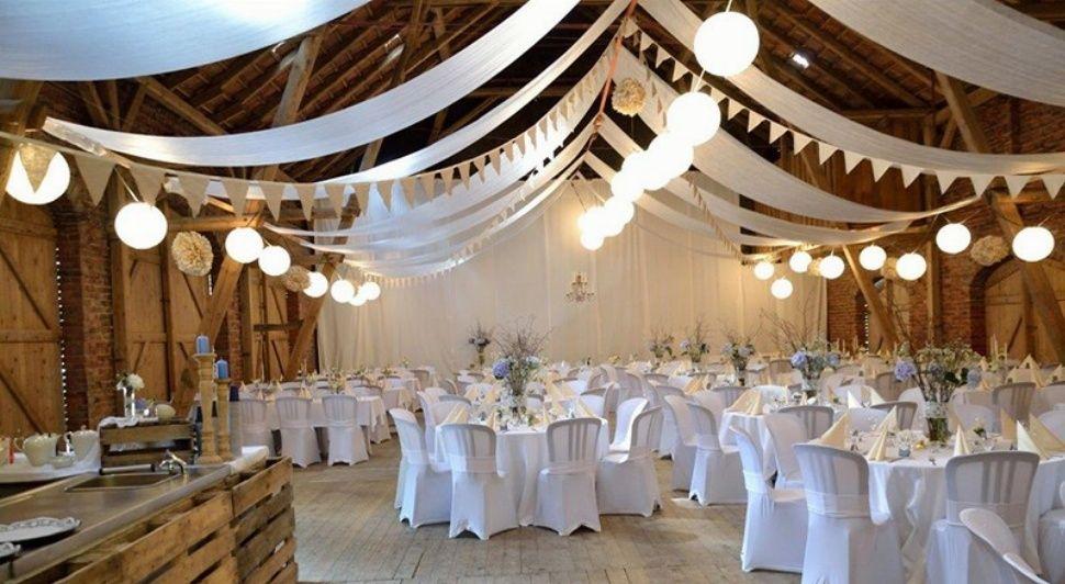 Hochzeitslocation Hof Frien Niedersachsen Uchte Hochzeitslocation Hochzeit Location Dekoration Hochzeit
