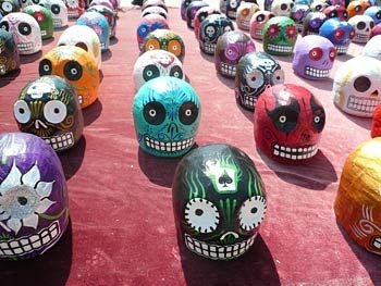Mexican Craft Skulls Wouldnt It Be Cool Decorate Easter Eggs Like This
