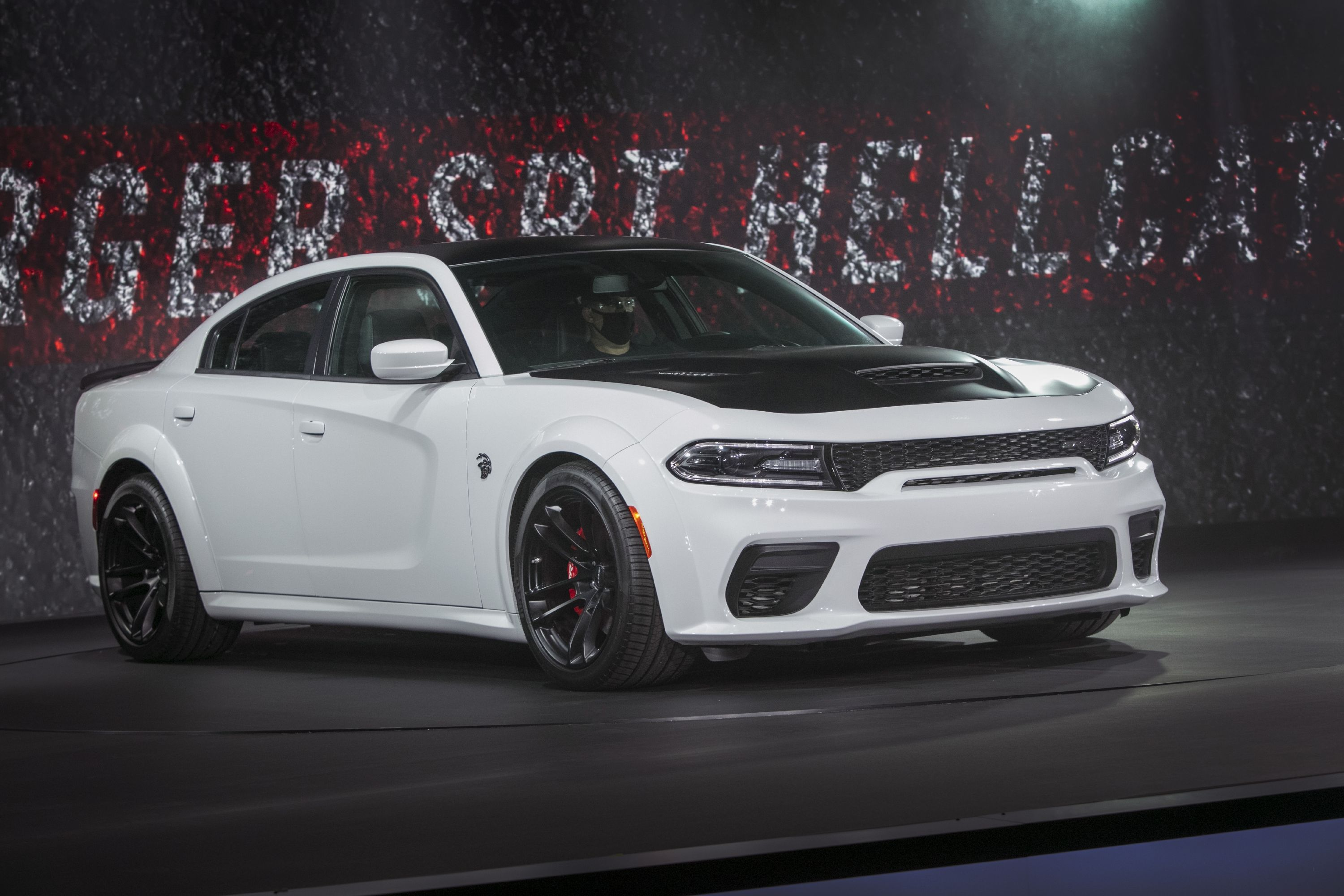2021 Dodge Charger Srt Hellcat Redeye Is Both Most Powerful And Fastest Sedan Out There Top Speed In 2020 Srt Hellcat Charger Srt Hellcat Charger Srt