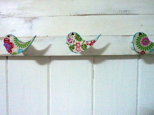 Percheros con maderas recicladas vintage objetos for Objetos decorativos vintage