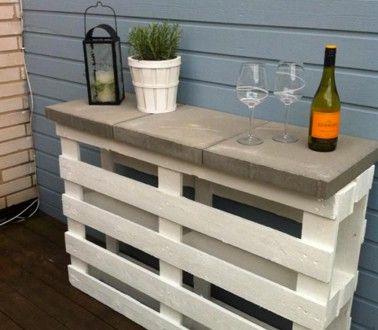 Bar de jardin en palette bois et dalle béton pour plateau Jardins