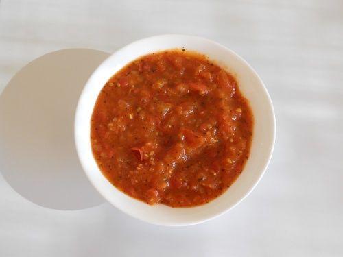Compotée de tomates au basilic  http://unefaimdeloup.eklablog.com/compotee-de-tomates-au-basilic-a3548923