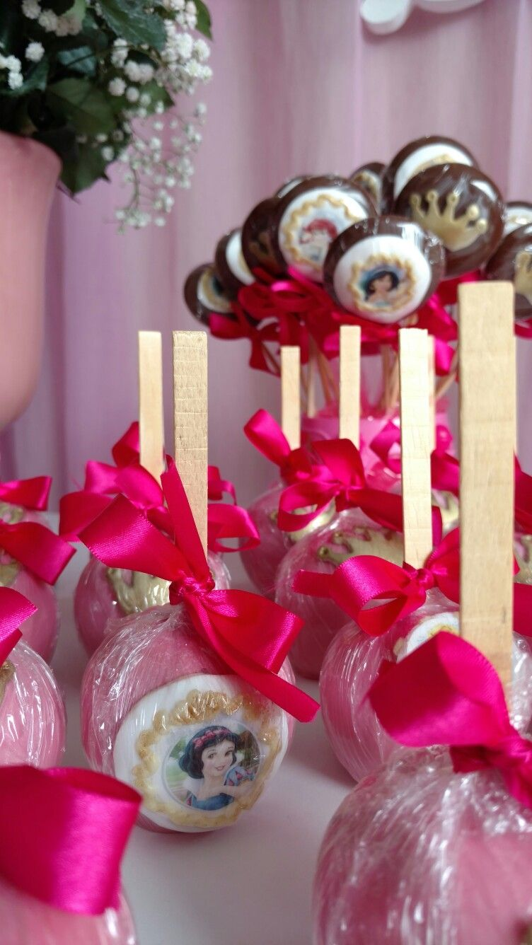 Princess Chocolate Apples. Lovely!  By Mimi Cakes