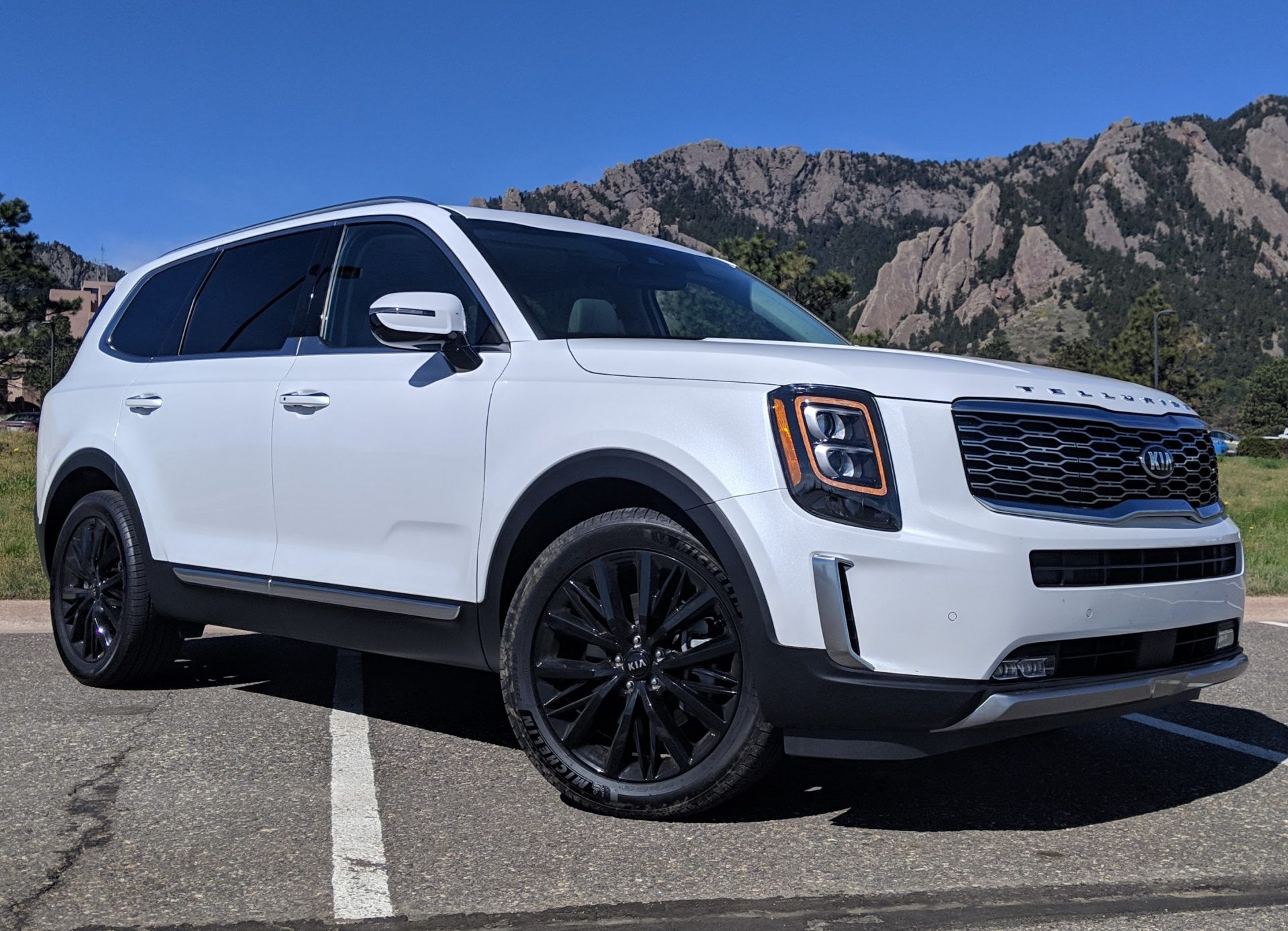 2020 Kia Telluride Review Maybe The Best Family Suv You Can Buy But It S Not Perfect The Fast Lane Car In 2020 Best Suv Family Suv Best Suv For Family