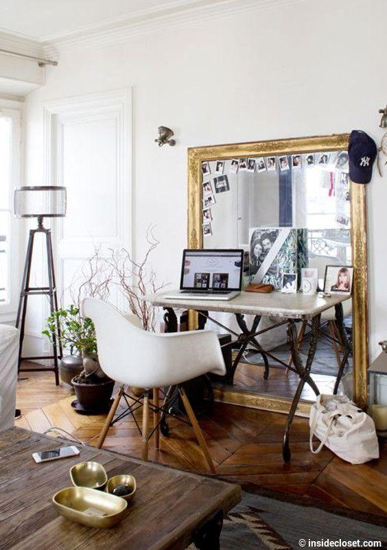 10 inspirations originales pour trouver le parfait miroir id es pour la maison pinterest for Immense miroir