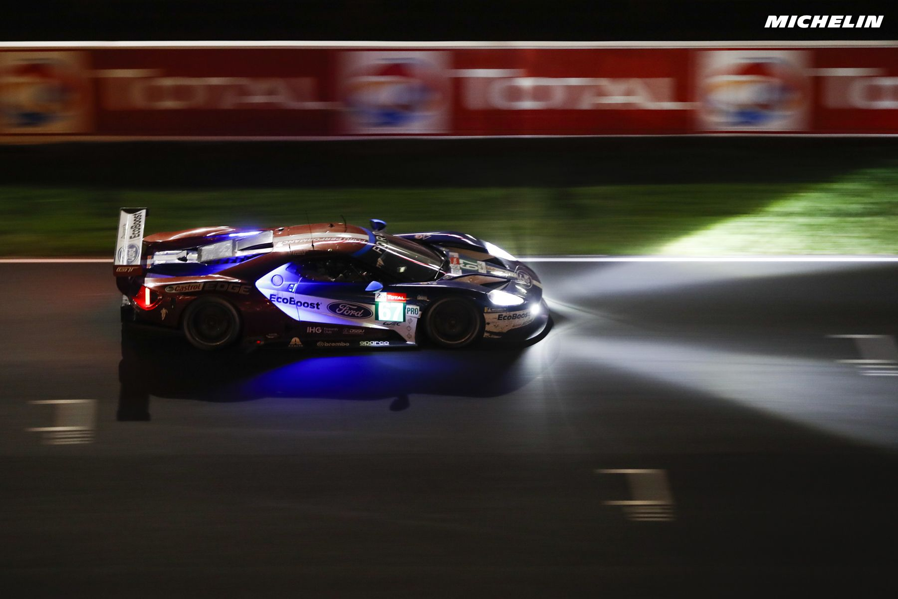 Pin By T L Also On Interesting Randoms Ford Gt Le Mans Racing Team
