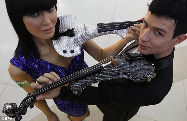 Super-speed violinist beats all comers to be hailed World's