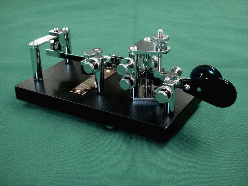 Beautiful key by I1QOD | CW keys | Morse code, Ham radio, Coding