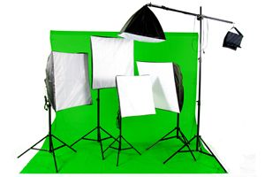 5 Point Studio Lighting Kit + Green Screen & Support Stand This is my next investment soft boxes and green screen