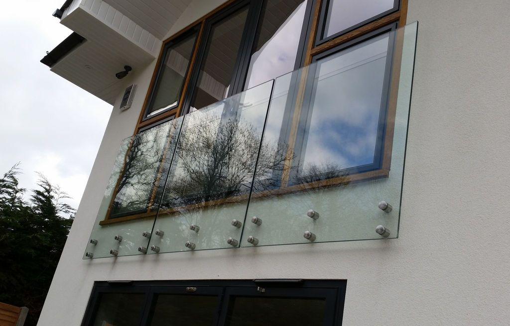 Frameless Glass Balustrade / balcony / bannister /Garden ...