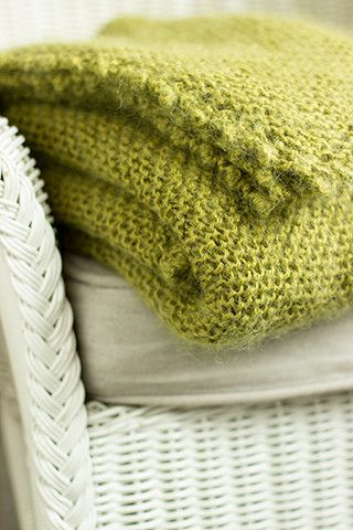 Picot-Edge Mohair Throw Project  pretty color