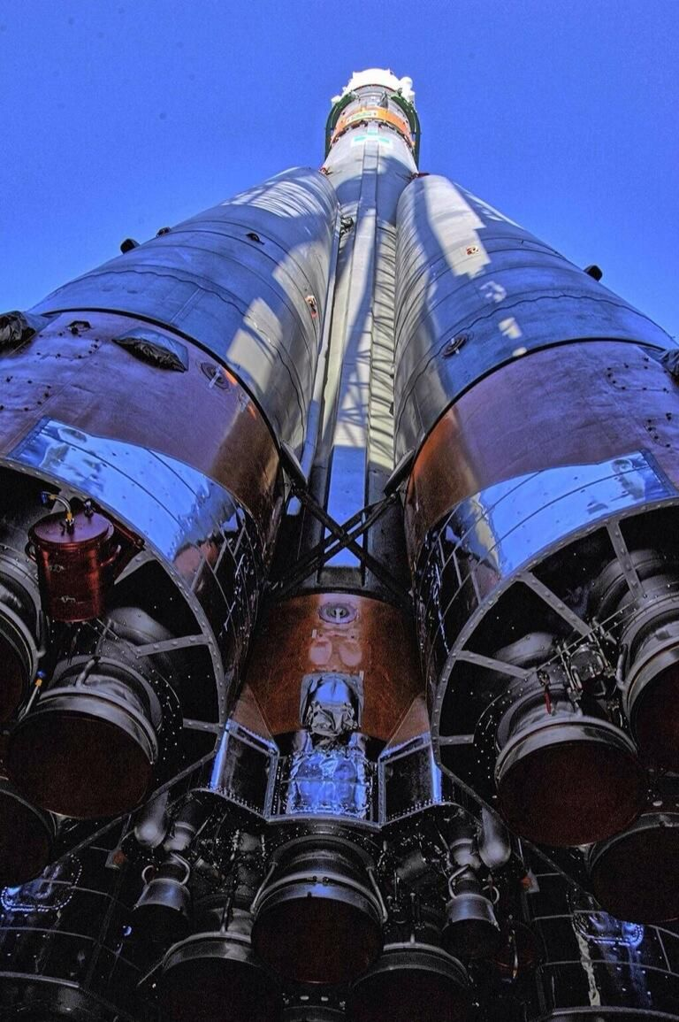 Fun fact: Soyuz does 0-60mph in <2 sec & keeps that going for nearly 9 mins. Have a wild ride @Astro_Alex :)