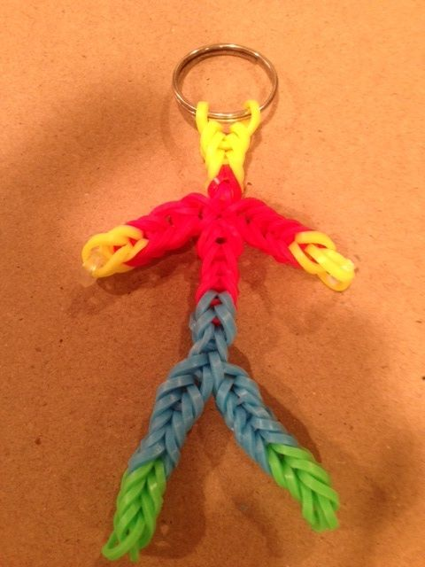 Rubber band keychain made without the loom by john for Rubber band crafts without loom
