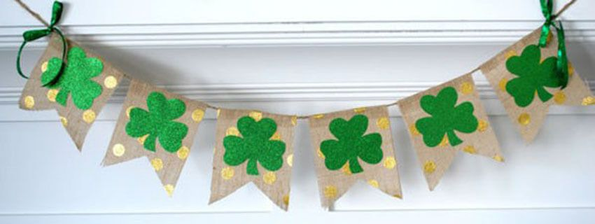 Patricks Day Decorations Celebration Party St 7-Pcs Burlap Irish Lucky Banners with Shamrock Clover Garlands Hanging Hooks for St Patricks Day Banners Garland