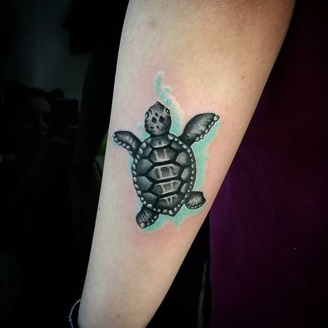 Turtle Tattoo - Tattoospedia | Tattoos | Tattoos, Hawaiian ...