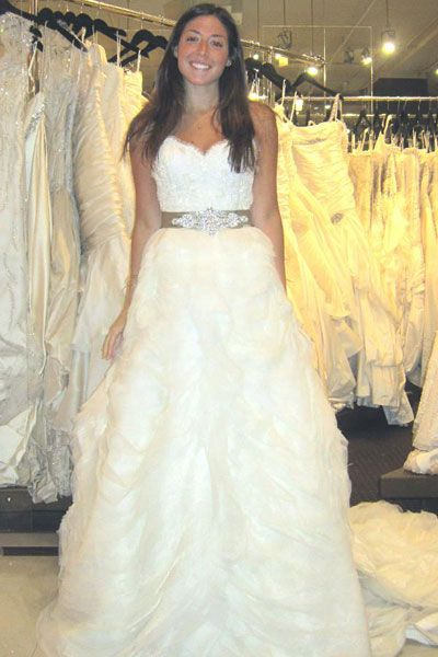 The Dos And Don Ts Of Shopping For A Wedding Dress Wedding Dresses Simple Wedding Dresses Wedding Dress Shopping