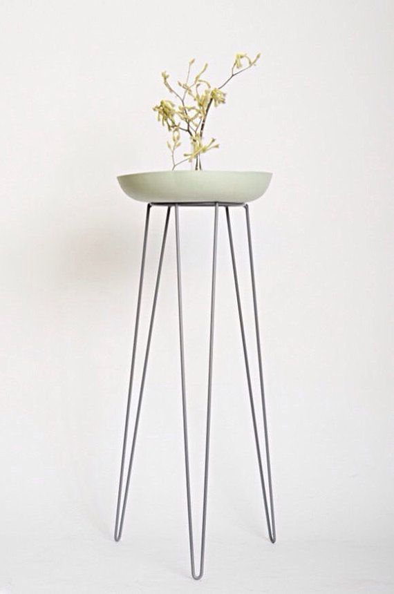 This vintage inspired hairpin leg metal wire plant stand is designed ...