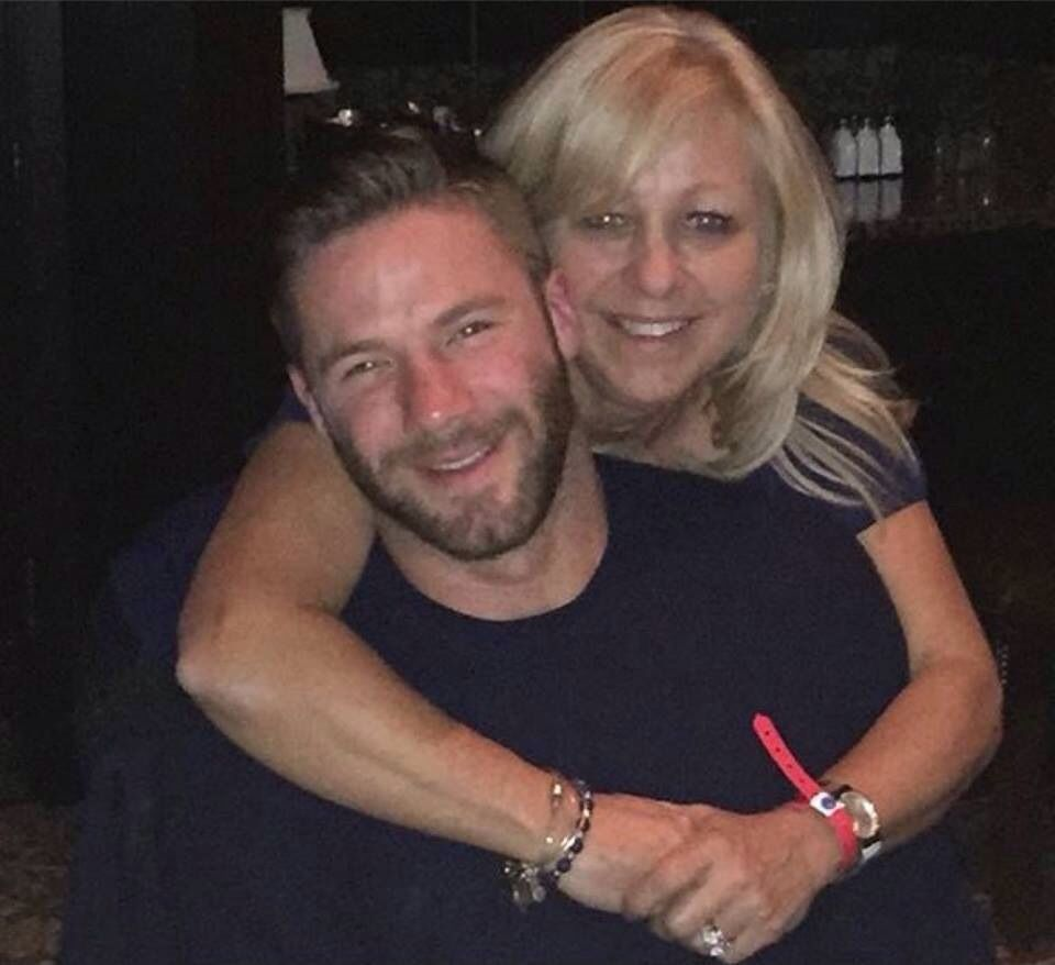 Edelman With His Mom Julian Edelman Edelman Superbowl Champions
