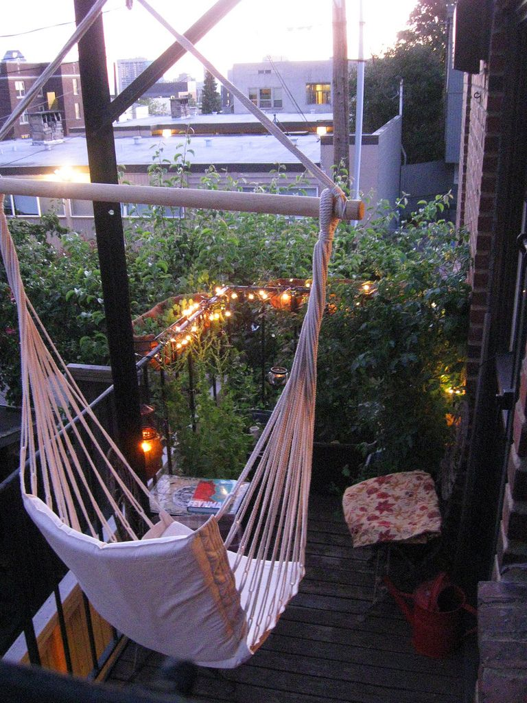 Fire escape hammock diy for the home pinterest for Balcony hammock