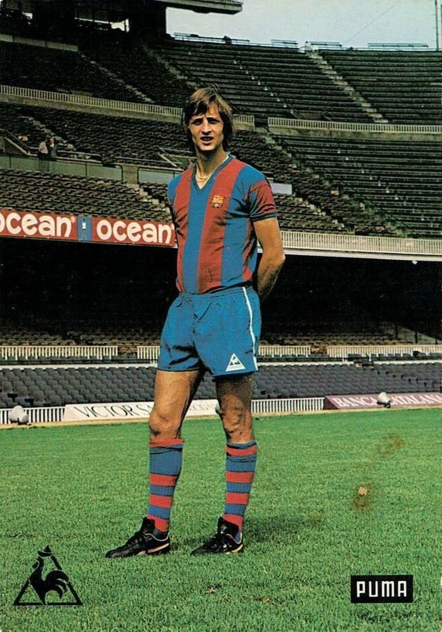 Johan Cruyff of Barcelona in 1974.  50bbec6c040