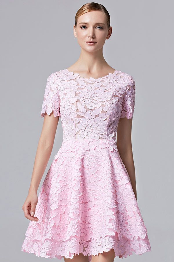 Robe cocktail dentelle rose