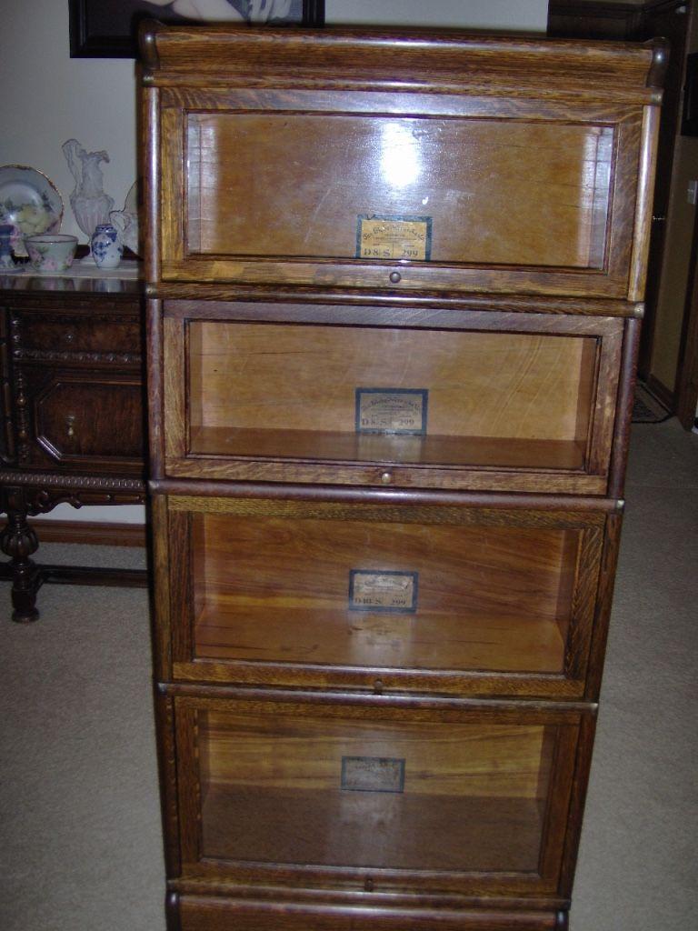 Antique Globe Wernicke 3 4 Size Bookcase 25 In Quarter