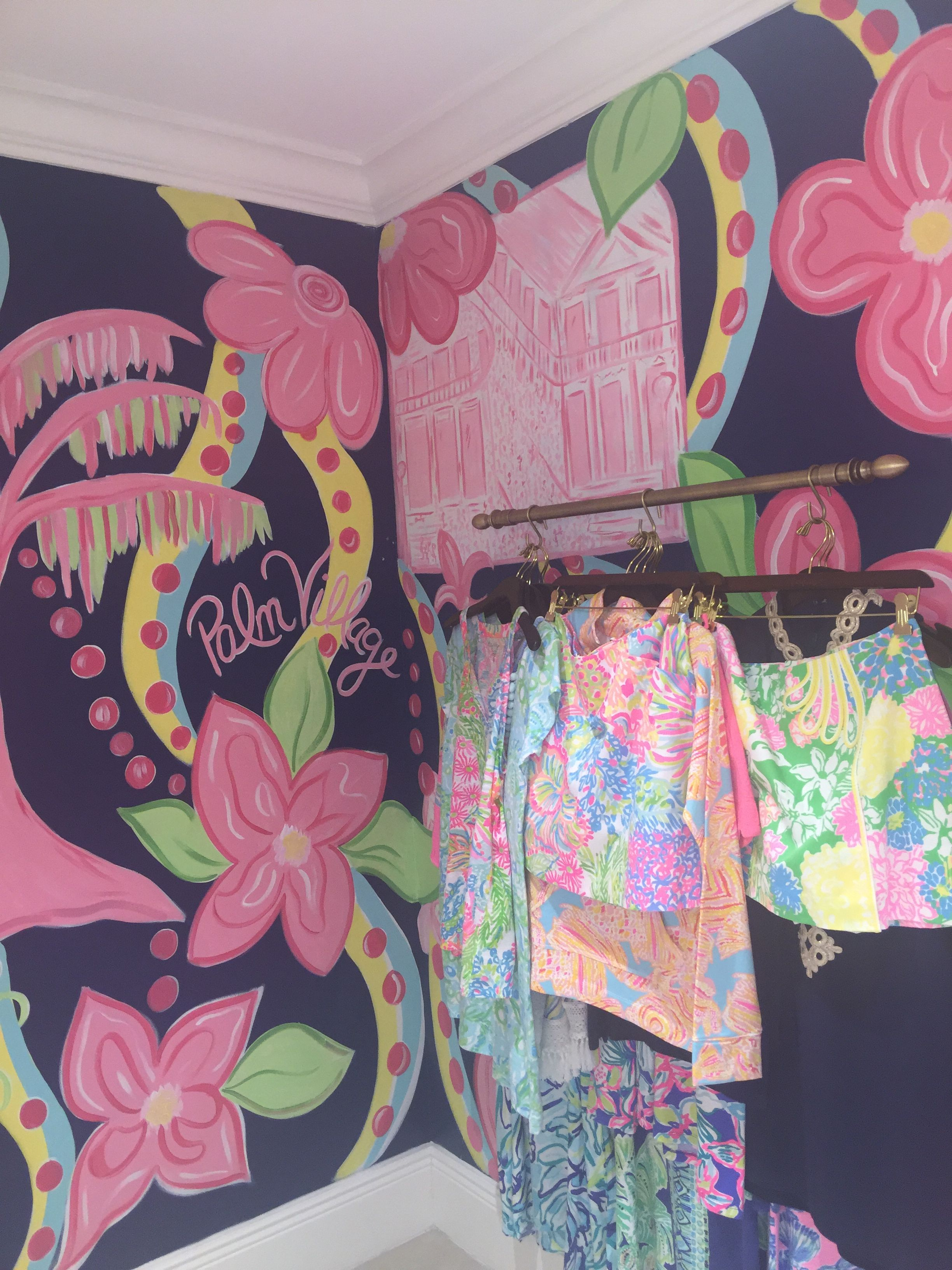 Lilly Pulitzer Signature Store PALM VILLAGE, Mandeville, LA