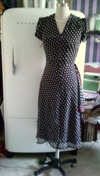 1940s Dresses Reproduction