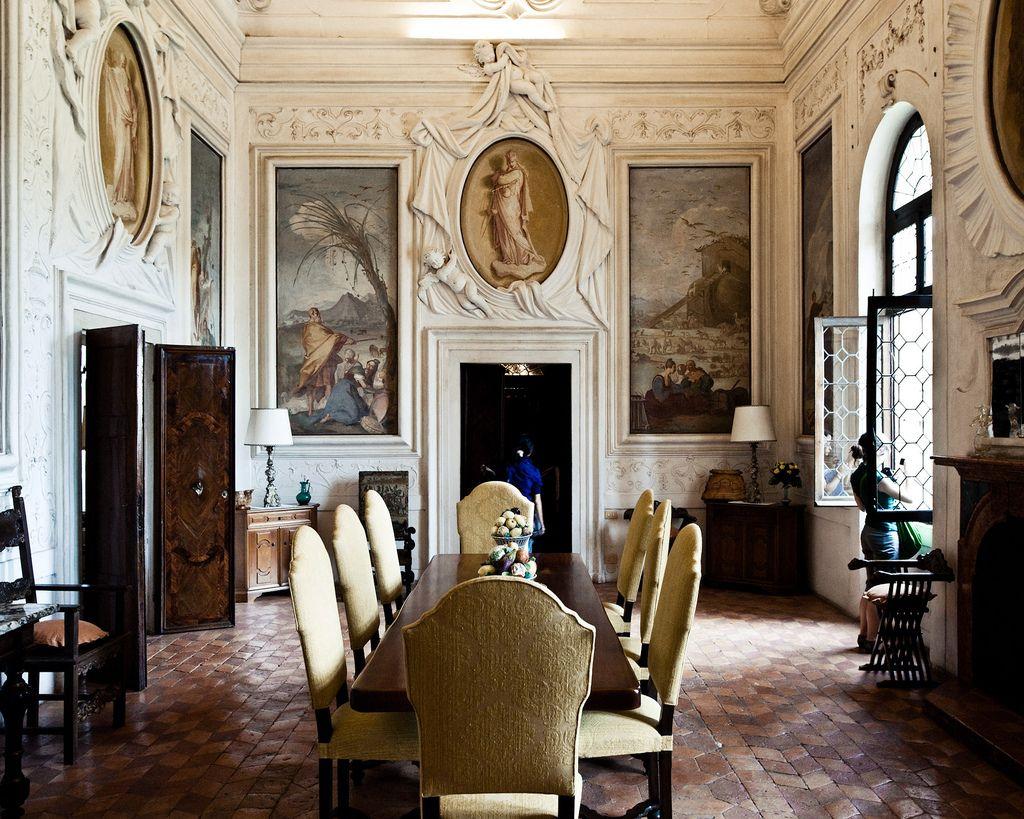Mattia bortoloni google zoeken georgian dollshouse for Classic villa interior design