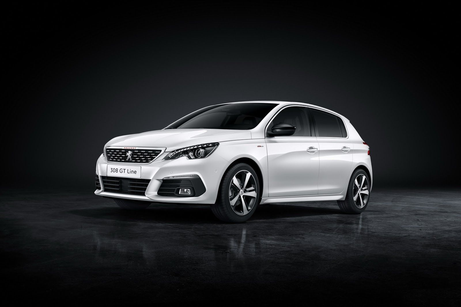 Peugeot Details Facelifted 308 Doesn T Skimp On Pics W Video Carscoops Peugeot 308 Peugeot Auto News