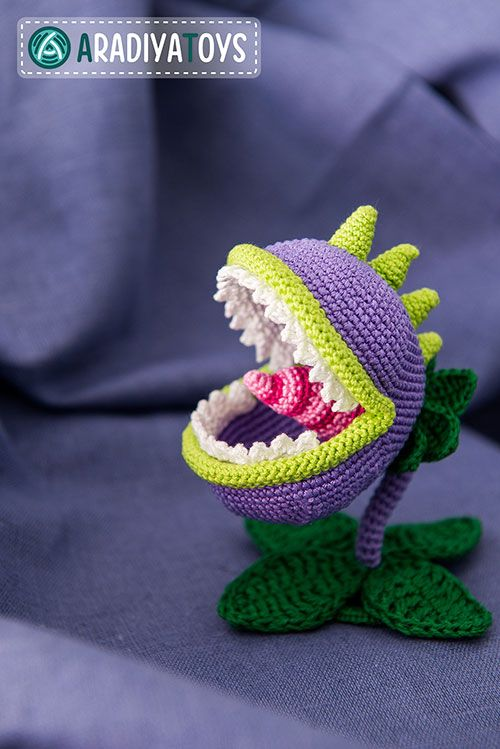 Crochet Zombie Patterns : Chomper (Plants vs. Zombies) amigurumi pattern by ...